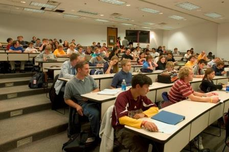 photo of classroom at U of M.